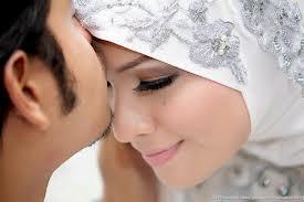 Bolehkan Bersetubuh Dengan Suami / Istri Saat Puasa Ramadhan ?
