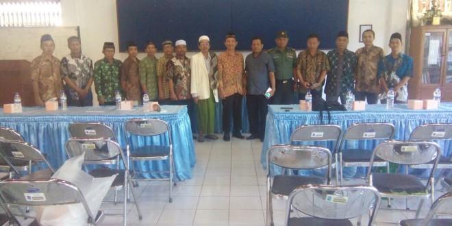 Jajaran PC LDII Tambaksari dan Muspika Tambaksari.