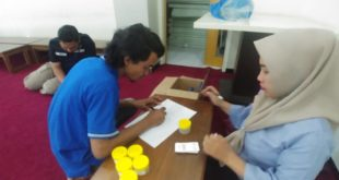 BNNK Surabaya menggelar tes urine terhadap relawan anti narkoba LDII Kota Surabaya.